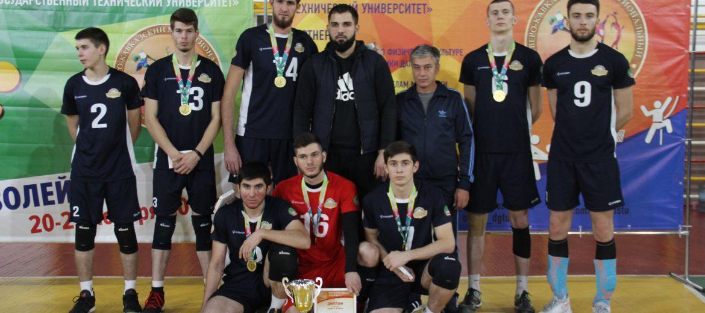 Кубки, призы и медали чемпионатов форума «Политех» продолжают находить своих героев